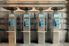 Telefoon telefoon telefoon telefoon (Tim Boric) Tags: public station telephone antwerpen telefoon centraal publieke belgacom proximus middenstatie