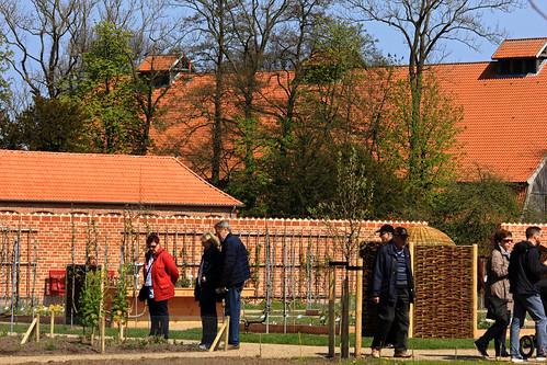"""Schlossgarten Eutin (20) Küchengarten • <a style=""""font-size:0.8em;"""" href=""""http://www.flickr.com/photos/69570948@N04/26807182181/"""" target=""""_blank"""">View on Flickr</a>"""