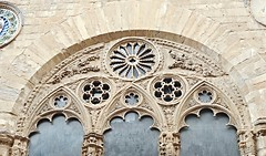 Gothic three-mullioned window (after 1337) - Orsanmichele Church, formerly market (1337-1404) in Florence (* Karl *) Tags: italy florence gothic firenze orsanmichele