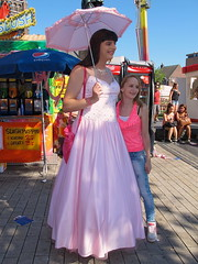 Cute in all sizes (Paula Satijn) Tags: pink people girl fun happy dress joy skirt tgirl parasol gown funfair tilburg gurl ballgown pinkmonday