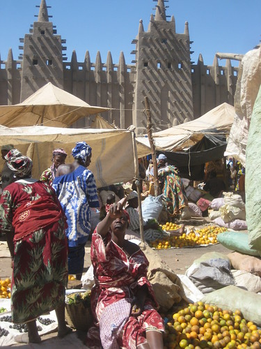 Monday market in Djenne