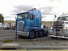 K200 (atkinson3800) Tags: truck prime air australian twin victoria semi lorry aussie kenny coe mover kw intakes kenworth cabover rigid k200
