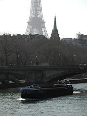 Paris - Navigation sur la Seine (eburriel) Tags: bridge urban paris france tower tourism water seine boat nikon europe eiffel pont bateau pniche iledefrance navigation emmanuel tourisme fleuve urbain balade burriel eburriel