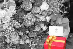 .. بـيـن يـديـنـك { هــديــه ~ (Willey 3K) Tags: red party orange flower love rose cake strawberry heart eid celebration gift hdr عيد قلب كيك ورد هديه حب روز احتفال كيكه برتقالي احمر باقه فراوله حفله علبه فتيحي ftaihi