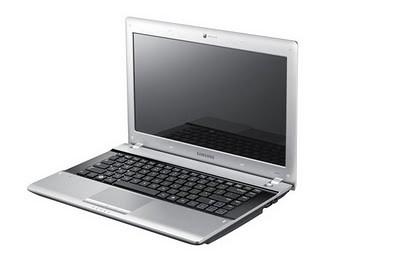 Notebook SAMSUNG RV413 Depan