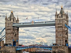 Twin Peaks (leszee) Tags: uk bridge tower thames towerbridge river high dynamic suspension twin twinpeaks drawbridge imaging peaks range riverthames hdr highdynamicrange toweroflondon thamesriver hdri cityoflondon towerbridgeroad bascule highdynamicrangeimaging a100towerbridgeroad
