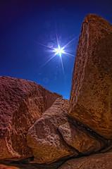 Bouldering (/\ltus) Tags: california pentax nation joshuatree wideangle handheld southerncalifornia hdr k7 5xp