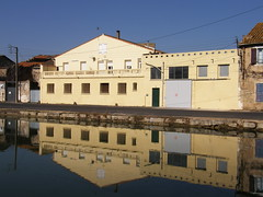 On The Waterfront (Annie in Beziers) Tags: sunlight france reflection water spring waterfront bluesky explore languedoc canaldumidi hrault bziers ninelocks neufecluses annieinbziers
