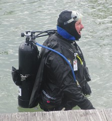 Weight and balance (chemsuiter) Tags: harbor dive diver drysuit duiclx