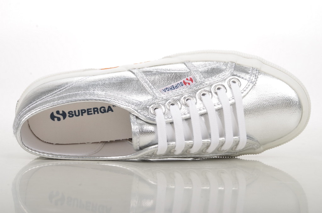 wholesale dealer c4ba9 b773b superga silber
