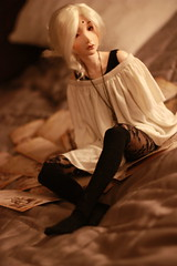 [ lucas, evening ] (RenMaaru) Tags: ball asian doll lucas rainy round bjd merry hybrid pinup abjd mdr ophelia jointed elfdoll