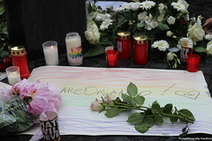 Mahnwache 3 (protestfotografie.frankfurt) Tags: orlando demonstration engel frankfurtammain frankfurter homophobie lgbtq