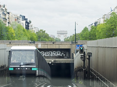 Arc (Henk Overbeeke Atelier54) Tags: paris metro arcdetriomphe