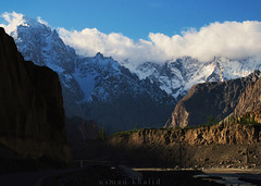 Views On Karakoram Highway near Sost Dry Port. Hunza Valley - #PAKISTAN || 4th Dimension  || 2016 || (Dr. Usman Khalid) Tags: morning travel pakistan light sky mountains beautiful highway explore karakoram hunza