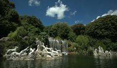 CASCATA GRANDE  -  REGGIA DI CASERTA (vittorio_colombo) Tags: parco reggiadicaserta nikkor1735 nikond800 lafontanagrande