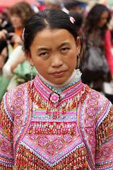 Flower H'mong (Luigi Grossi) Tags: canon colore vietnam mercato ritratto 70200 hmong 40d