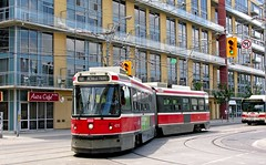 TTC Toronto: 4214 turning from King Street W on to Shaw Street Route 501 on diversion (Mega Anorak) Tags: toronto ttc tram streetcar kingstreet articulated trolleycar diversion tramcar shawstreet route501 clrv
