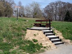 Aussichtspunkt (onnola) Tags: stairs germany bench deutschland spring bank treppe vista rest outlook koblenz rastplatz frühling aussichtspunkt rheinlandpfalz sitzplatz rhinelandpalatinate arzheim steinerkopf