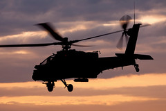 Apache leaving Gilze-Rijen airbase shortly after sunset (Lennart Batenburg) Tags: sunset netherlands canon apache helicopter airforce airbase gilzerijen 100400 50d ah64d