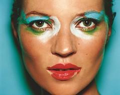Kate Moss. London, 2002. Exposición Portraits. -® Mario Testino
