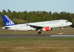 OY-KAO (Skidmarks_1) Tags: norway airport aircraft aviation sas airliners osl airbusa320 engm oslogardermoenairport oykao