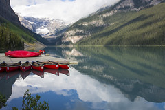 Lake Louise (mark willocks) Tags: lake canada mountains alberta rockymountains lakelouise banffnationalpark redcanoes