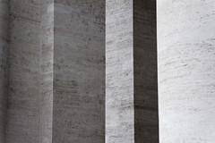 Curtain (S. Hemiolia) Tags: vatican rome roma shadows ombre vaticano marble marmo spietro holysee colonnato