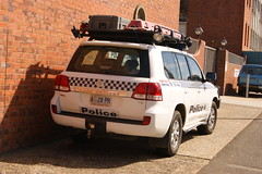Tasmania Police Toyota LandCruiser - Search and Rescue (SierraTAS) Tags: blue red lights police australia led toyota tasmania emergency landcruiser siren services launceston stretcher searchandrescue lightbar tasmaniapolice