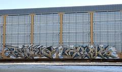 Rogue/Binge (LadyBench) Tags: train graffiti winnipeg rail rogue freight binge autorack fr8 benching