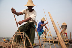 Fishing - Inle Lake, Myanmar (Maciej Dakowicz) Tags: sea lake water work fishing fisherman asia southeastasia fishermen burma myanmar inlelake inle