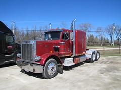 Ol' 359er (jr-transport) Tags: big manitoba short rig hood trucks peterbilt pbx 359