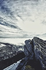 San Miguel de Aralar (Moio1) Tags: sky naturaleza mist snow nature stone clouds landscape scenery rocks nieve paisaje cielo nubes niebla rocas piedra sanmigueldearalar sierradearalar