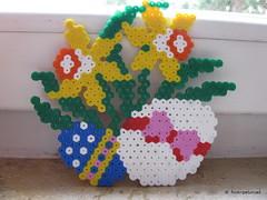 Easter Flowers (petuniad) Tags: easter beads ostern hama perler prlplattor hamabeads perlerbeads strijkkralen bgelperlen buegelperlen