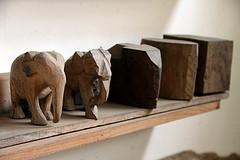 Elephant-Blocks (For91days) Tags: statues carving elephants kandy rainbowtree schnitzen