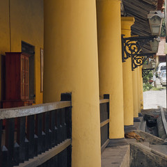 Colonial architecture, Galle Fort, Sri Lanka (| Warren Martil |) Tags: ocean church dutch indian south colonial mosque sri lanka ramparts antiques galle reformed