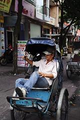 Xich Lo (1-2-3 cheese) Tags: street candid streetphotography streetshot travelphoto xichlo chuplen nikond700