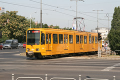 BKV 1543 [Budapest tram] (Howard_Pulling) Tags: pictures yellow canon photo hungary photos budapest picture tram hannover hanover magyar trams ungarn pest strassenbahn hungarian bkv 1543 duewag 400d duwag tw6000 hpulling howardpulling