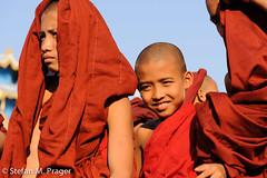 709-Mya-SITTWE-182.jpg (stefan m. prager) Tags: portrait southeastasia burma monk buddhism myanmar birma buddhismus sittwe mönch südostasien