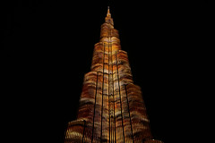 Illumination on Burj Khalifa (Tomasz Odziemczyk) Tags: dubai khalifa burj