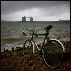 Netley cycle commute (zombikombi1959) Tags: storm rain weather bike bicycle clouds ride overcast cycle commute 1946 southamptonwater netley westonshore graintowers hobbsofbarbican
