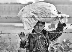 india (peo pea) Tags: portrait blackandwhite bw india bn ritratto bianconero
