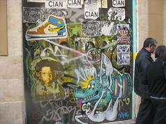 IMG_8226 (FLATTIRON / ISCE) Tags: barcelona street art arte paste bcn stickers ups urbano niko pegatinas jams urba raval combos gotic barri flattiron