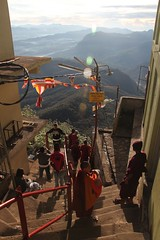Descent from Adam's Peak, again 5200 steps... - Sri Lanka (Sekitar) Tags: mountain adams steps descent peak monk sri lanka sacred 5200 srilanka gunung malai novice adamspeak sripada maskeliya samanalakanda butterflymountain  sivanolipatha