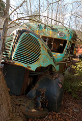 Reo Bus (Mr Perry) Tags: bus rust reo sigma1020mm autowreckers wreckingyard mcleans pentaxk10d