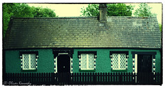 Irish Cottage, Meath, Ireland (Oliver Kennedy) Tags: ireland green countryside cottage historic trim meath countymeath trimcastle irishcottage comeath irelandpics picturesofireland irelandpictures irishtourism placesinireland touristireland oliverkennedy trimtown castleinireland wheretotravelto irelandandmaps irelandtourist cottagesinireland irelandholidaycottages