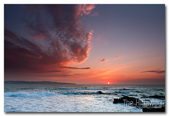 Godrevy sunset (Simon Bone Photography) Tags: light sea sky cloud sun cornwall godrevy cornishcoast canon1740mmlf4 cornishsunsets wwwthehidawaycouk canoneos7d hitechnd09reversegrad