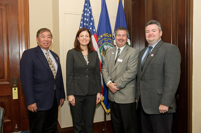 Senator Ayotte met with Representatives from the Greater Nashua YMCA