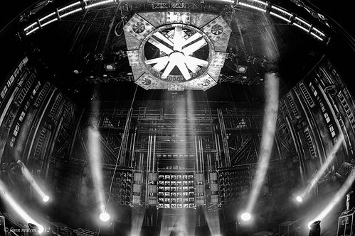 rammstage-31 (Faren Matern) Tags: stage rammstein canoneos5dmarkii silverefexpro2 canonef815mm14lusm