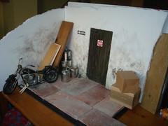 Escenarios - Black Hole, callejn trasero (Lunalila1) Tags: black teatro track hole kuro diorama escenarios atrezzo decorados escenografia