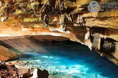 Cavernas -  espalhadas pelo mundo 6920450347_219f5e9794